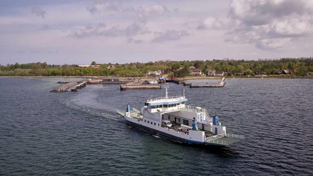 Fejø færgen Dronefoto