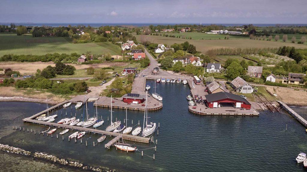 Fejø Lystbådehavn Dronefoto