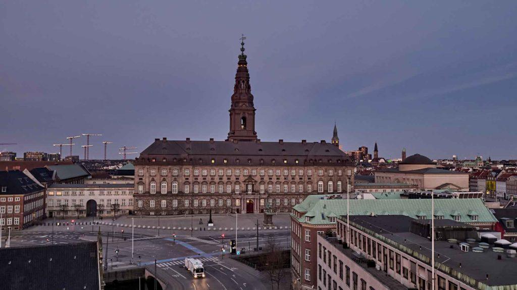 Christiansborg Slot Dronefoto